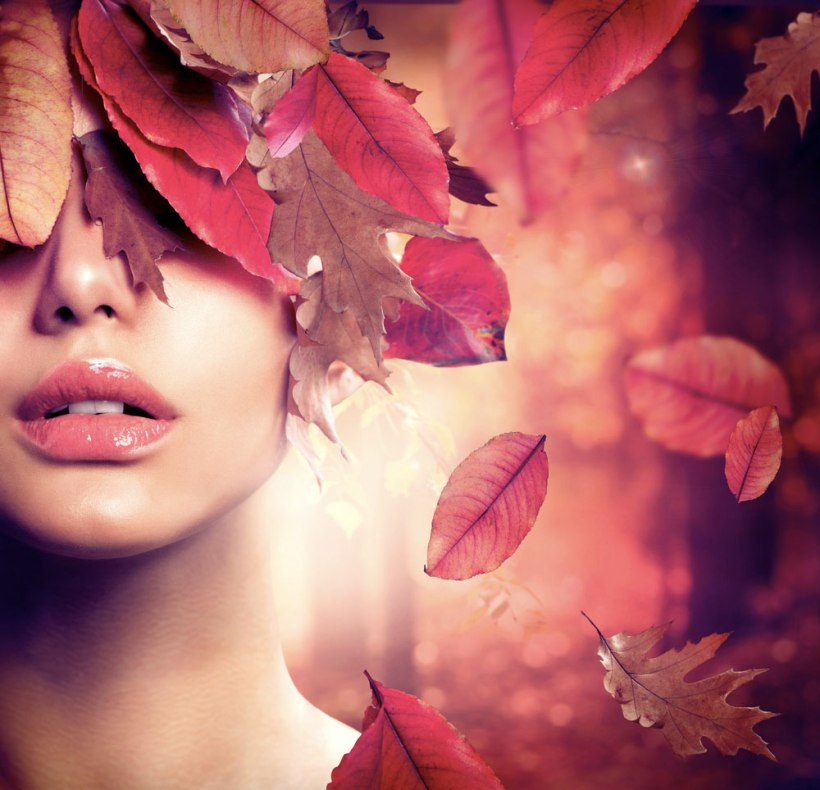 Autumn-Woman-Fashion-Portrait.-Fall.-Beautiful-Girl.-Fashion-Art